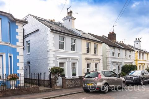 3 bedroom semi-detached house for sale - Culverden Down, Tunbridge Wells