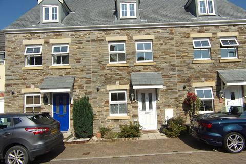 3 bedroom terraced house to rent - Lady Beam Court, Kelly Bray