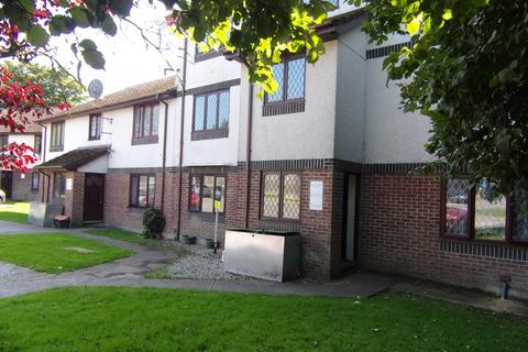 2 bedroom apartment to rent - Penlee Close, Callington