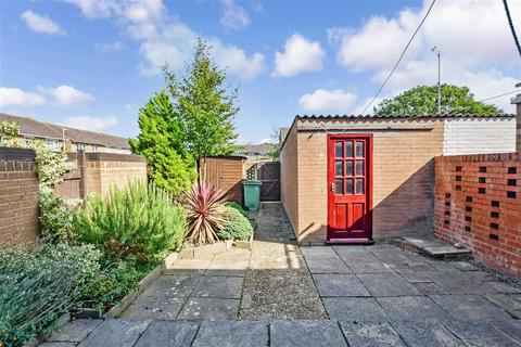 3 bedroom end of terrace house for sale - Felderland Close, Maidstone, Kent