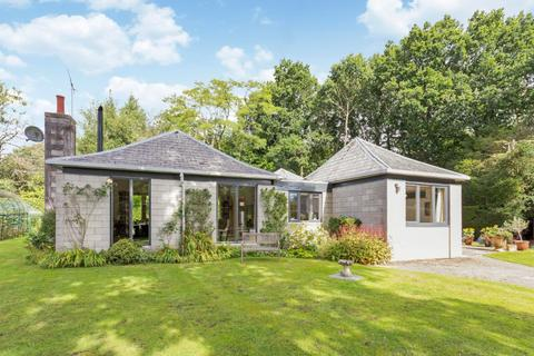 4 bedroom bungalow for sale - Main Road, Lacey Green, Princes Risborough, Buckinghamshire, HP27