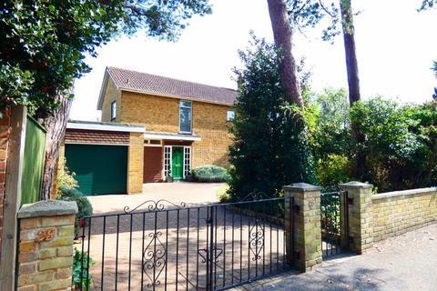 4 bedroom detached house for sale - Milvil Road, Lee-On-The-Solent, Hants