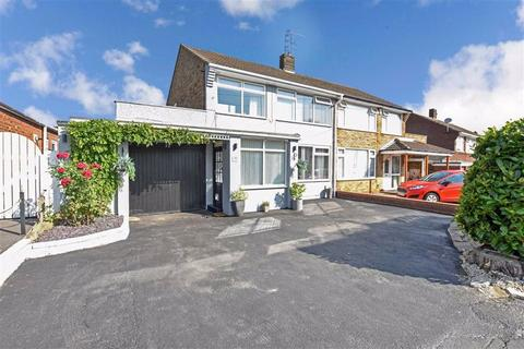 3 bedroom semi-detached house for sale - Kerry Pit Way, Kirk Ella, East Riding Of Yorkshire