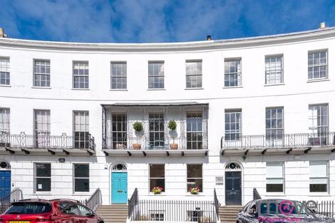 8 bedroom townhouse for sale - Royal Crescent, Cheltenham