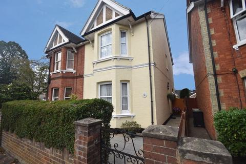 4 bedroom semi-detached house for sale - Manor Road, Rusthall, Tunbridge Wells