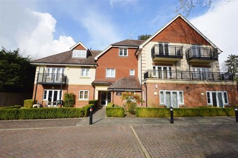 2 bedroom apartment to rent - Durham House, Symeon Place, Caversham Heights