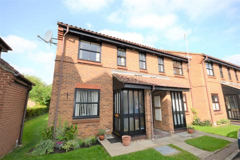 1 bedroom flat for sale - Bransby Close, King's Lynn
