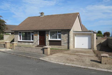 3 bedroom detached bungalow for sale - Hollybourne, 23 Penbanc, FISHGUARD