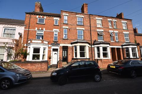 4 bedroom townhouse for sale - Crown Street, Newark