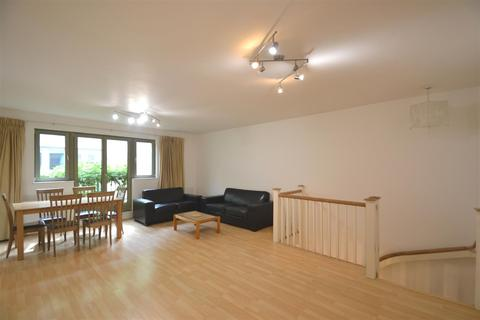 2 bedroom house to rent - Kensington Gardens Square, Bayswater, W2