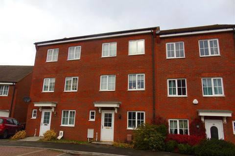 3 bedroom townhouse to rent - Walker Grove, Hatfield