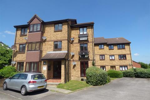 2 bedroom flat for sale - Longacre Road, Singleton, Ashford
