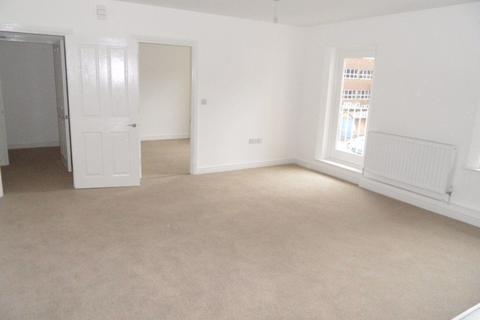1 bedroom flat to rent - George Street West, Town - Ref P1474