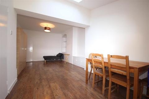 4 bedroom house to rent - Primula Street, East Acton W12 0RE