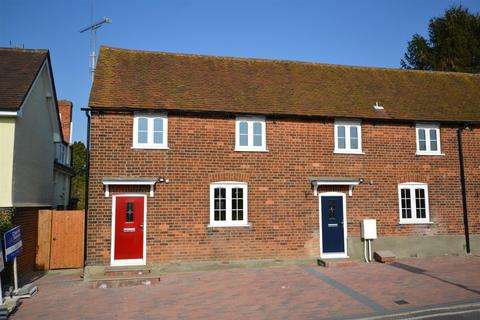 2 bedroom property to rent - North Hill, Little Baddow