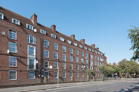 3 bedroom flat to rent - Union Grove, Wandsworth Road