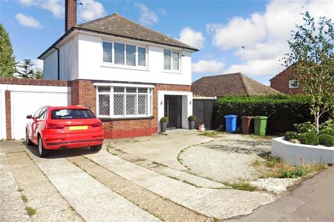 3 bedroom detached house for sale - Minster Road, Minster On Sea, Sheerness, Kent