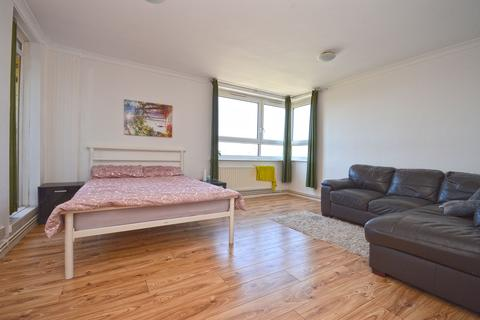 3 bedroom flat for sale - Farrell House, Ronald Street, London, E1