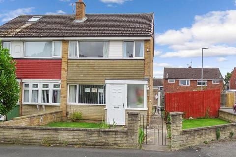 3 bedroom semi-detached house for sale - Briardene Court, Bishopsgarth , Stockton, Stockton-on-Tees, TS19 8UX