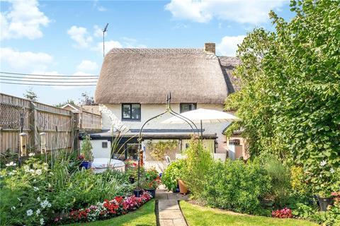 2 bedroom cottage for sale - Cross Lane, Tingewick, Buckingham, Buckinghamshire, MK18