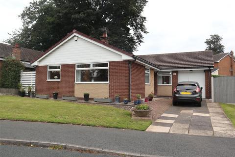 3 bedroom bungalow for sale - Longroyde Grove, Rastrick, HD6