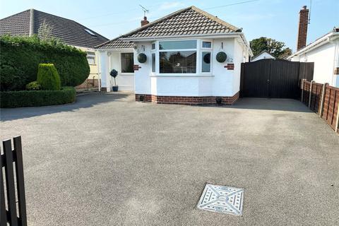 4 bedroom bungalow for sale - Venning Avenue, Bear Cross, Bournemouth, Dorset, BH11