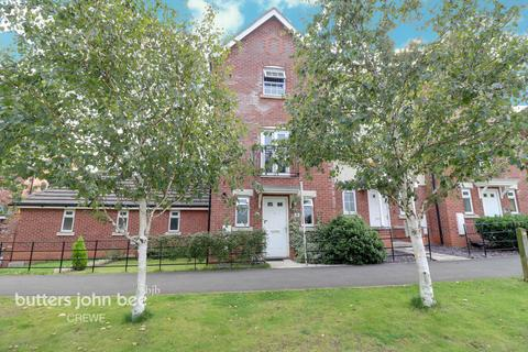 3 bedroom townhouse for sale - Abbey Park Way, Crewe