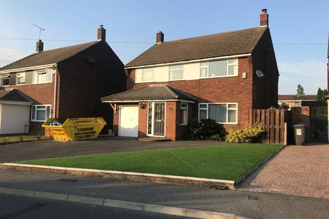 4 bedroom detached house to rent - Falmouth Road, Chelmsford CM1