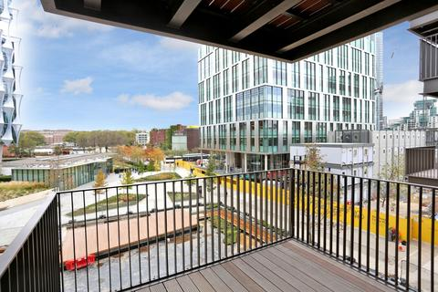2 bedroom apartment to rent - Embassy Gardens, Nine Elms, SW8