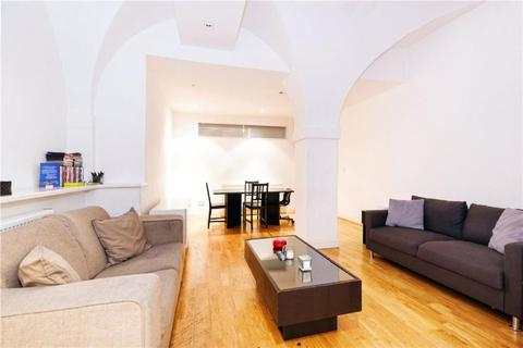 4 bedroom apartment to rent - Weymouth Mews, Marylebone W1G