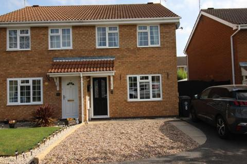2 bedroom semi-detached house to rent - Walmer Close, Rushden, NN10 0TE