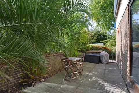 1 bedroom flat for sale - St Josephs Vale, Blackheath, London, SE3