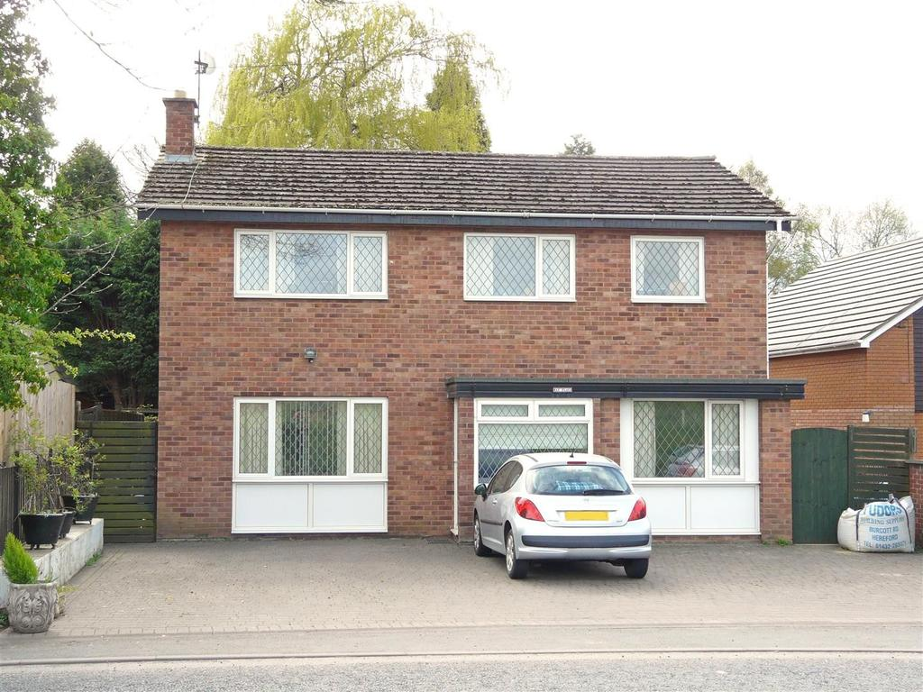 4 Bedrooms Detached House for sale in Roman Road, Burcott, Hereford, HR1