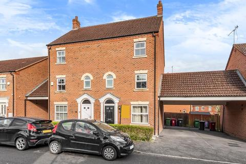 4 bedroom townhouse to rent - Parsons Road,  Langley Wood,  SL3