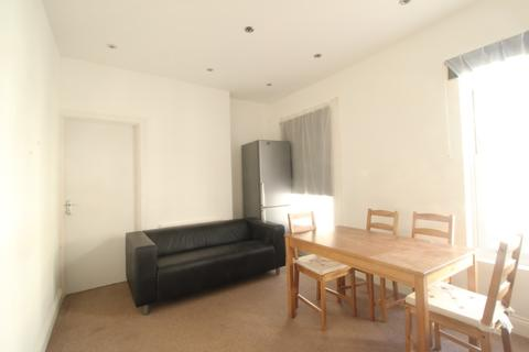 1 bedroom flat to rent - Queen Street, Maidenhead, SL6