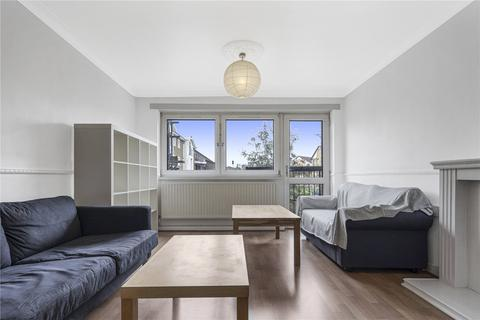 3 bedroom flat to rent - Russia Lane, London, E2