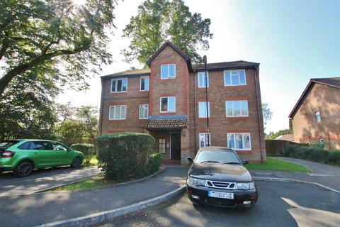 2 bedroom apartment for sale - Nutfield Court, Maybush, Southampton