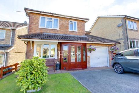 3 bedroom detached house for sale - Cranbourne Way, Pontprennau, Cardiff