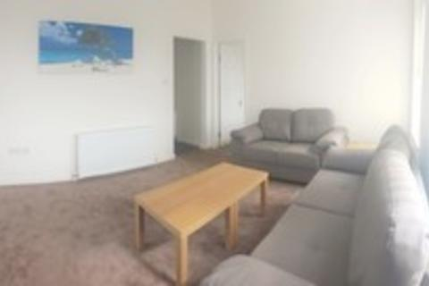4 bedroom flat to rent - Montgomery Road, 4 Bed, Longsight, Manchester