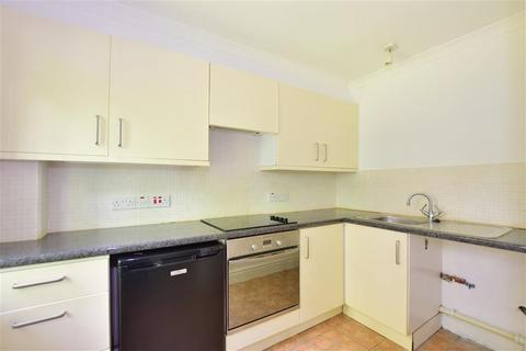 1 bedroom flat for sale - Rushdon Close, Romford, Essex