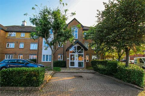 2 bedroom flat to rent - 33 Cotswold Way, WORCESTER PARK, Surrey