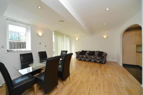 3 bedroom flat to rent - Tower Point, Sydney Road, Enfield, Middlesex, EN2 6SZ