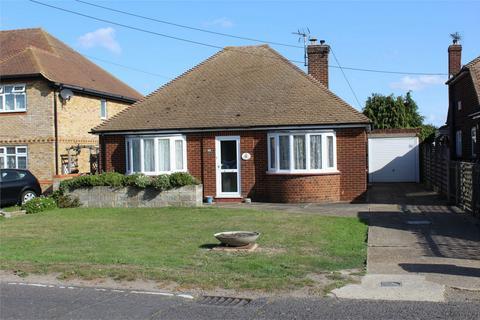 3 bedroom detached bungalow for sale - Horsham Lane, Upchurch, Sittingbourne, Kent