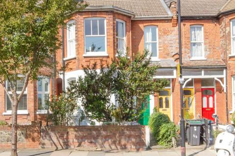 2 bedroom flat for sale - North View Road, London, N8