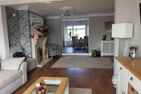 4 bedroom terraced house for sale - South End Road, Hornchurch, Essex