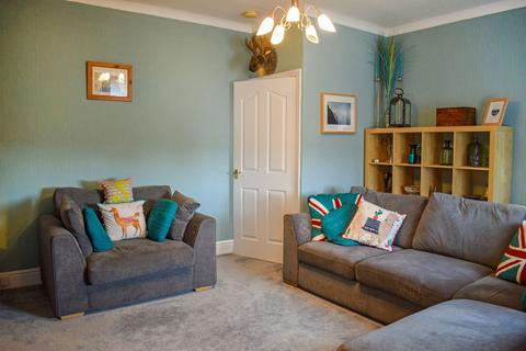 2 bedroom flat to rent - Victoria Terrace, Bedlington, Northumberland, NE22 5QA