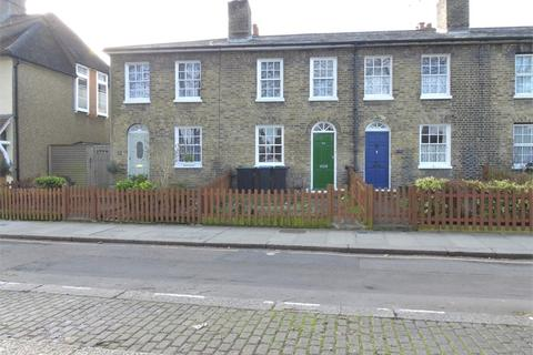 2 bedroom cottage for sale - Chase Side, Enfield, Greater London