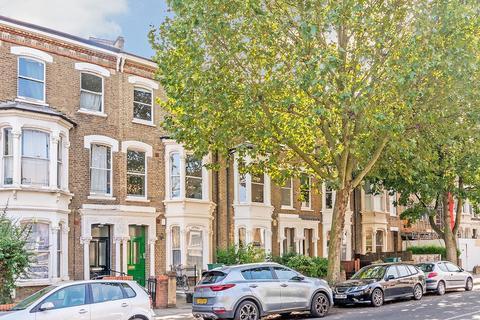 3 bedroom flat for sale - Hanley Road, London