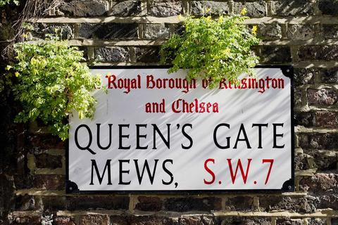 3 bedroom apartment to rent - Queens Gate Mews, South Kensington SW7
