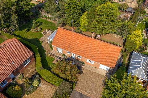 2 bedroom detached bungalow for sale - Thornham